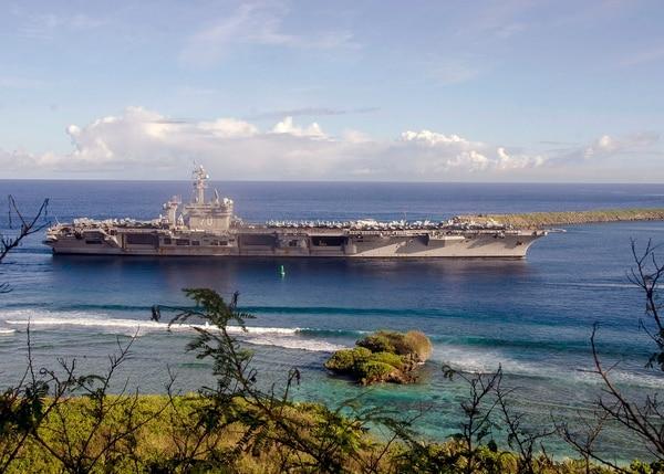 The Nimitz-class aircraft carrier USS Carl Vinson (CVN 70) pulls into Naval Base Guam, Feb. 10, 2017. (MC2 Allen Michael McNair/Navy)