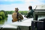 800 active-duty troops to be sent to Mexican border