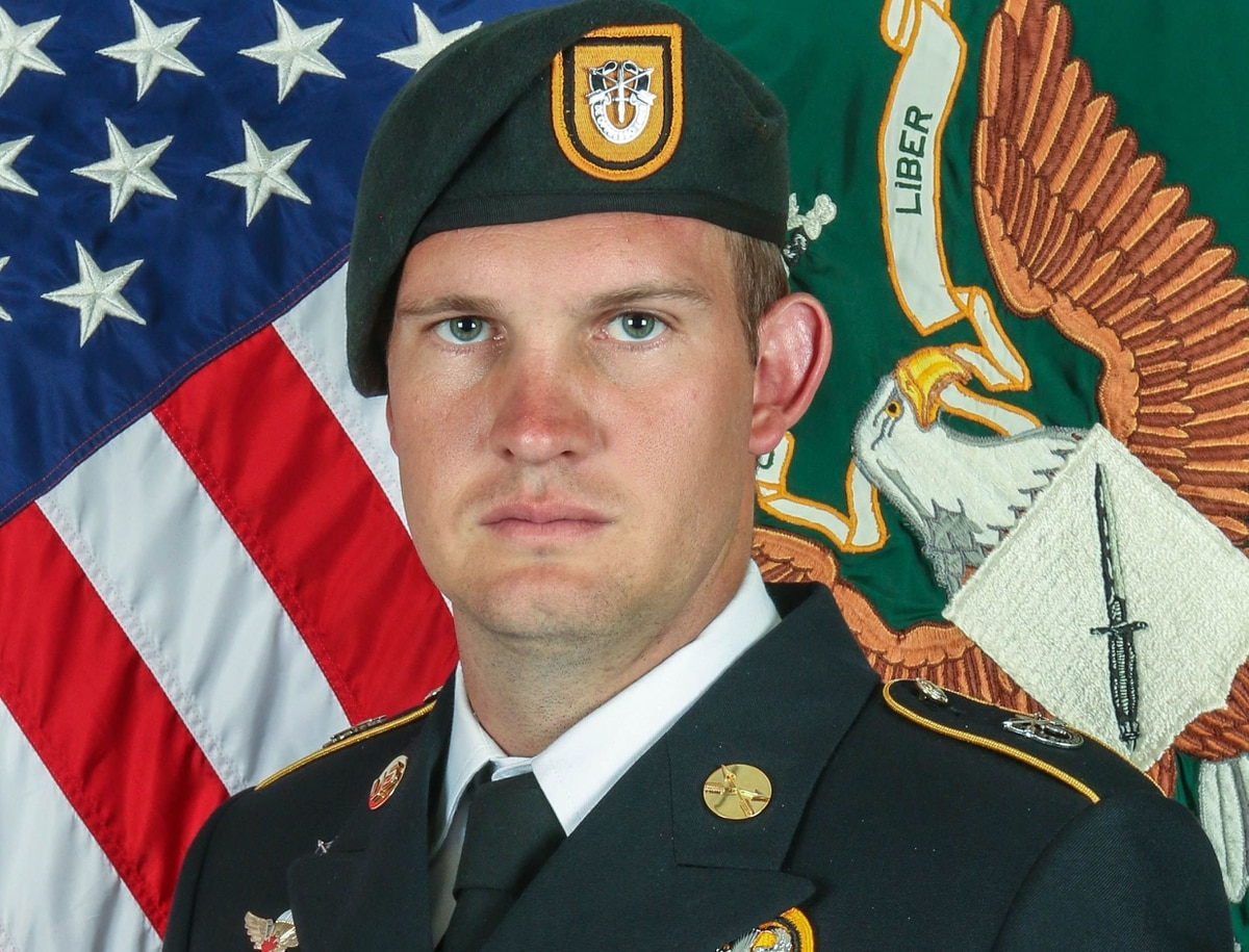 Green Beret from 1st Special Forces Group dies during combat