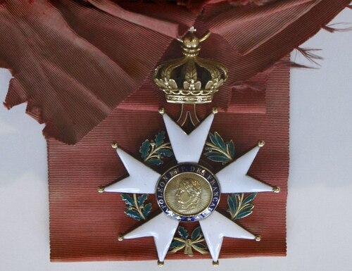 The Legion of Honor medal. (Remy de la Mauviniere/AP)