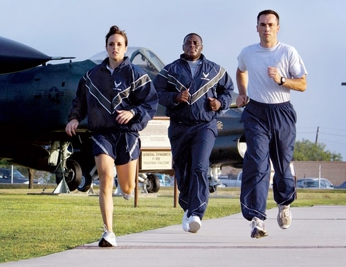 The Air Force is further delaying its physical fitness assessments until April. (Master Sgt. Efrain Gonzalez/Air Force)