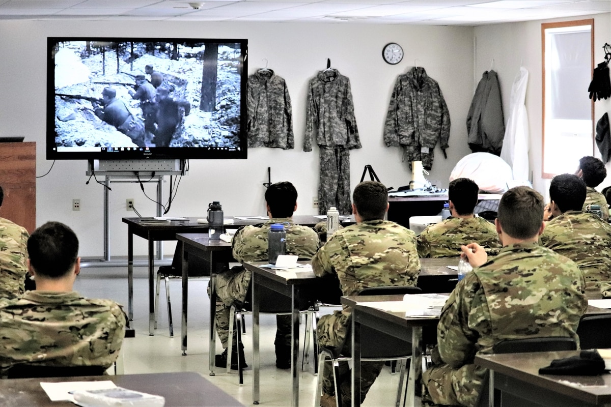 Controversial changes to GI Bill transfer rules delayed