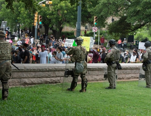 Military police soldiers support local law enforcement during a protest in Austin, Texas, on May 31, 2020. (Charles E. Spirtos/Army)