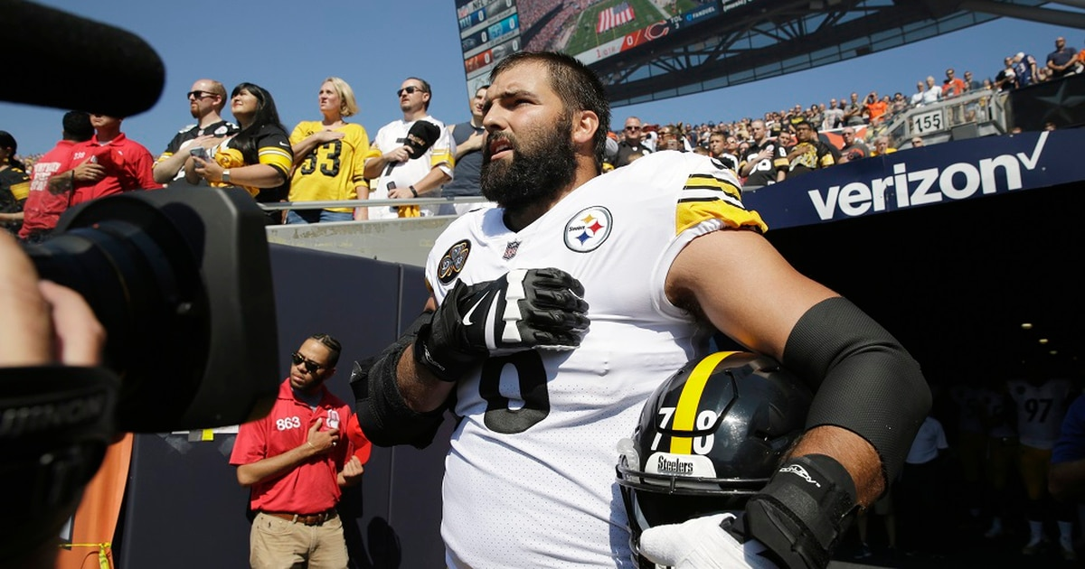 Pittsburgh Steeler, former Army Ranger pays tribute to Iraq War hero with helmet