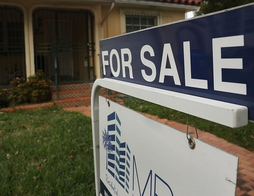 A gap between the agreed-upon sale price and the appraised value of a home can create major problems at the closing table. (Joe Raedle/Getty Images)