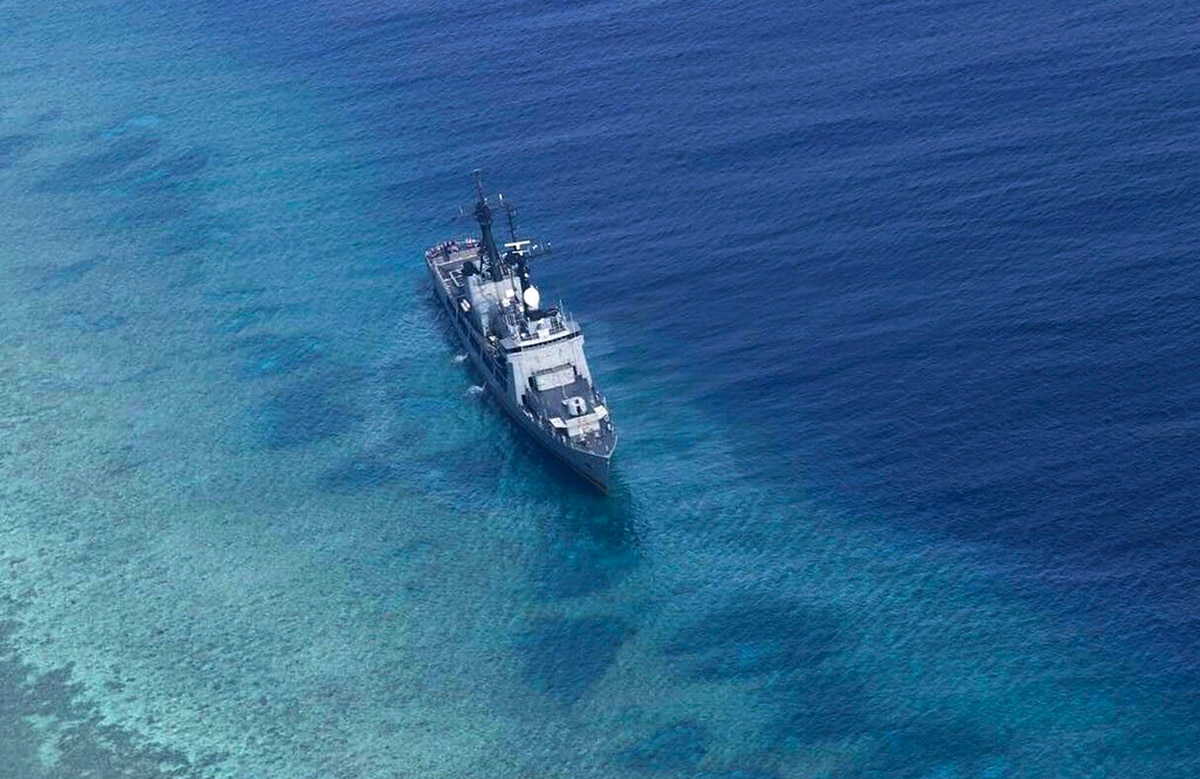 philippine warship runs aground in disputed south china sea