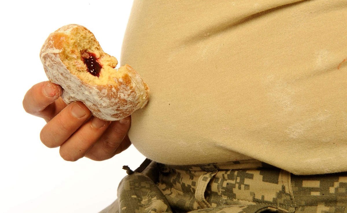 A staggering number of troops are fat and tired, report says