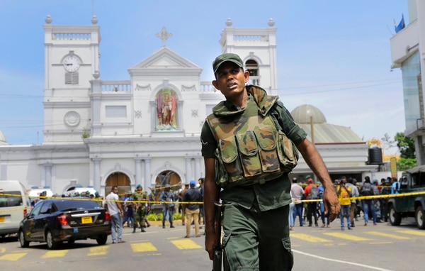 Sri Lankan Army soldiers secure the area around St. Anthony's Shrine after a blast in Colombo, Sri Lanka on April 21, 2019. (AP Photo/Eranga Jayawardena)
