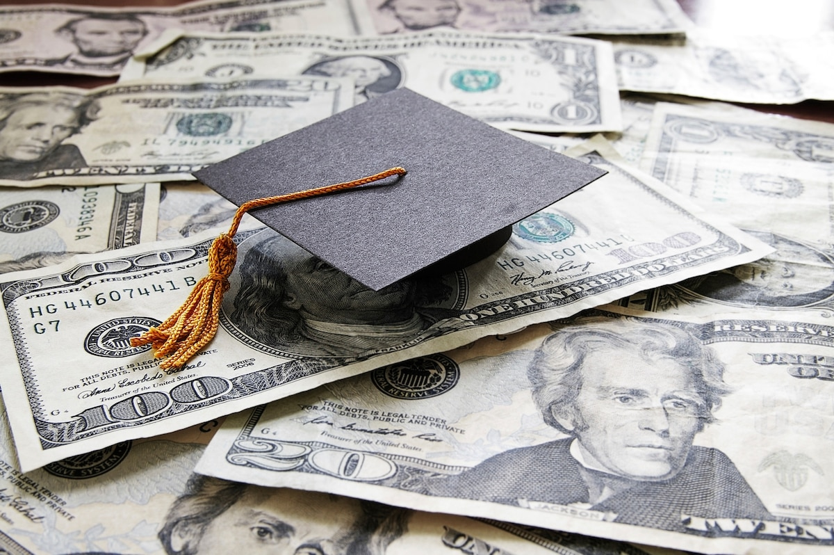 Military Spouse Scholarships Where To Apply And How Find More Cash For School
