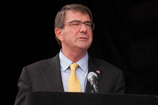 Secretary of Defense Ash Carter welcomes athletes and their families to the 2015 Warrior Games at the National Museum of the Marine Corps in Triangle, Va., on Friday, June 19, 2015. (Mike Morones/Military Times)