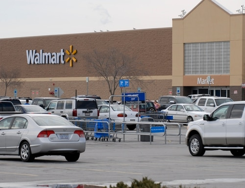 Walmart officials have reached an agreement with a reservist regarding paid military leave. (Colin Kelly/Staff)
