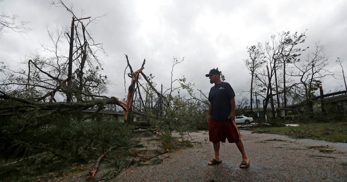 Tyndall sustains 'direct hit,' 'extensive damage' from hurricane