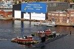 Senator urges SECNAV to prize shipyard over Trump's wall