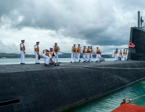 The Japanese submarine JS Soryu arrives in Guam for a port visit in June 2018. (Lt. Lauren Spaziano/U.S. Navy)