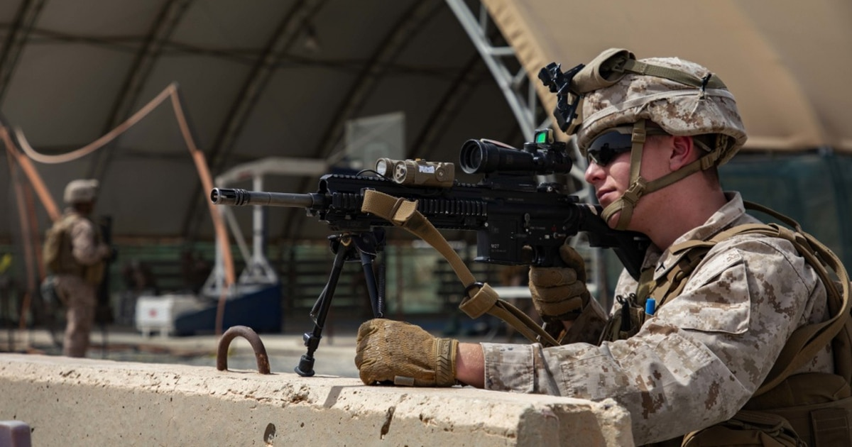 13th Marine Expeditionary Unit deploys to Middle East