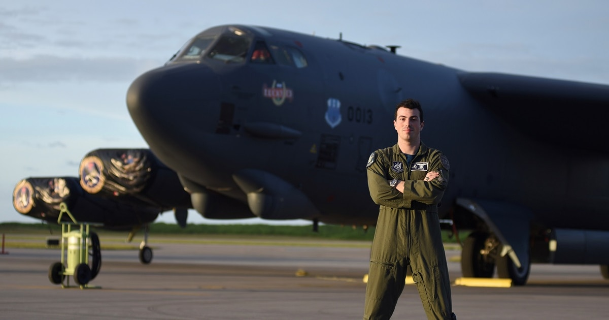 Air Force Times' 2018 Airman of the Year takes community