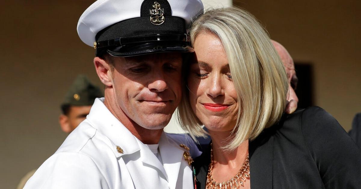 Report: Trump makes SEAL Gallagher a chief again
