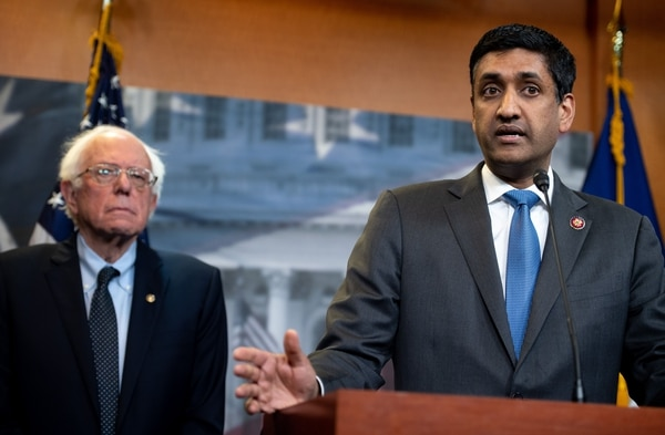 Rep. Ro Khanna, D-Calif., right, and Sen. Bernie Sanders, I-Vt., speak during an April 3, 2019, press conference following a vote in the U.S. House on ending U.S. military involvement in the war in Yemen. (Saul Loeb/AFP)