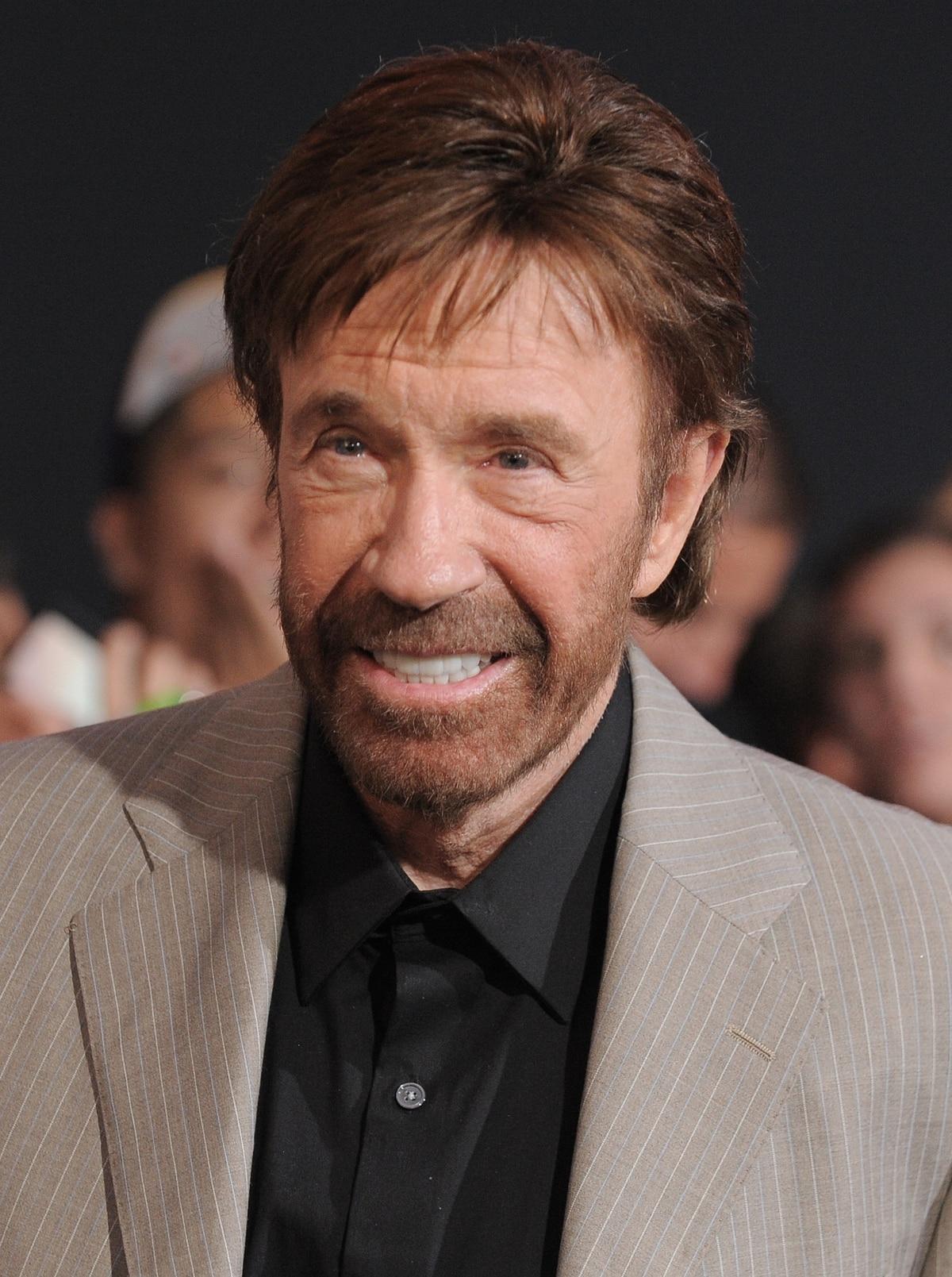 Chuck Norris weighs in on A-10 debate