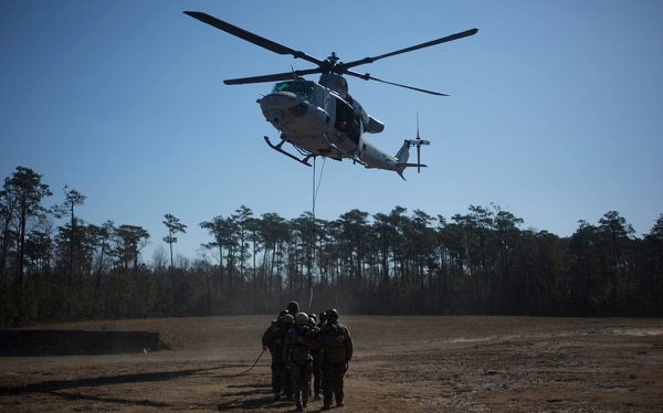 U.S. Marines with II Marine Expeditionary Force Information Group prepare to take off during special patrol insertion and extraction operations training at Camp Lejeune, N.C., March 23, 2018. (Pfc. Larisa Chavez/ Marine Corps)
