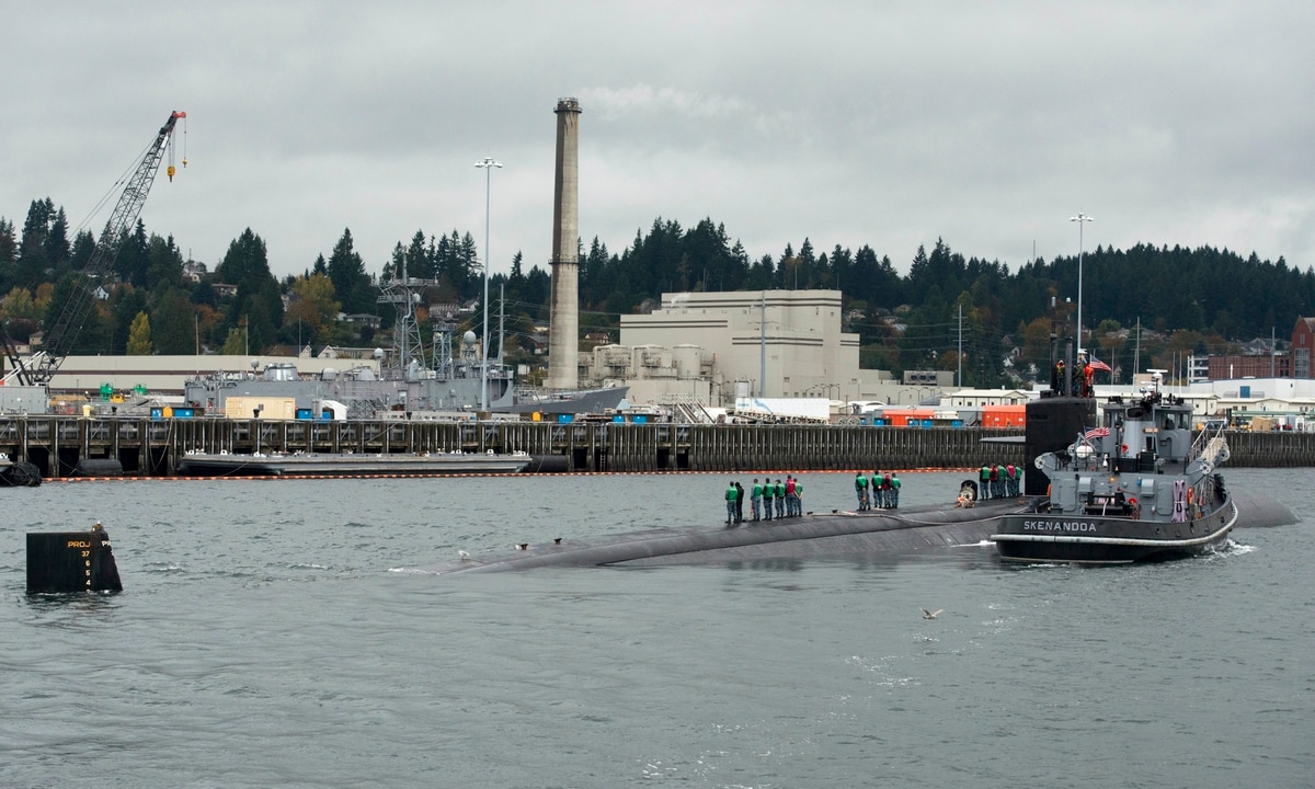 Navy settles harassment lawsuit by woman at Puget Sound shipyard