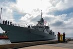 Report: Chinese jets buzzed Canadian warship
