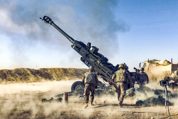 Soldiers fire a howitzer in Iraq, Aug. 12, 2018, while supporting Iraqi forces as part of Operation Inherent Resolve. (2nd Lt. Jamie Douglas/Army)