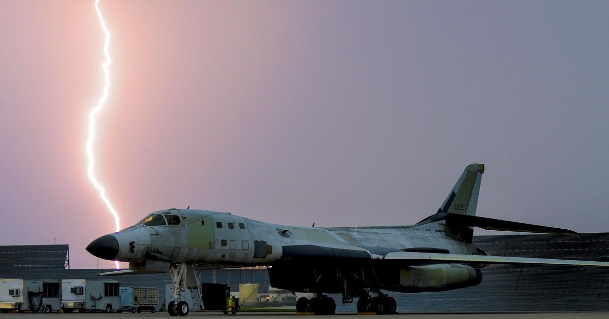 Here's how bad the military's aircraft readiness has gotten