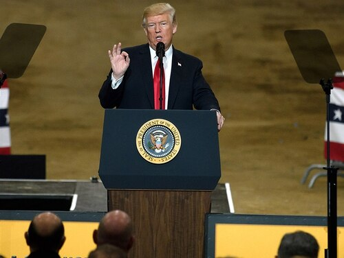 President Donald Trump speaks to a crowd gathered at the Local 18 Richfield Facility of the Operating Engineers Apprentice and Training, March 29, 2018. (Jeff Swensen/Getty Images)
