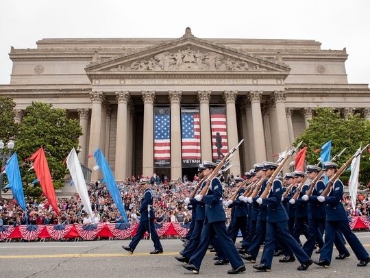 The U.S. Coast Guard Honor Guard marched in the annual Memorial Day Parade in Washington D.C., on May 28, 2018. More than 170 veterans are running for Congress this year, including representatives from all five branches of the armed forces. (Petty Officer 2nd Class Dustin R. Williams/Coast Guard)