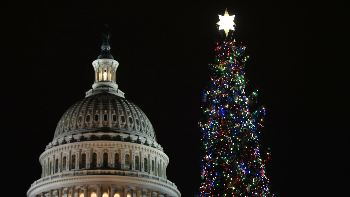 Feds to get Christmas Eve off of work
