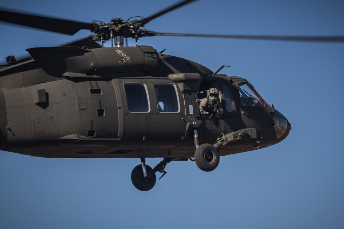 2-star: Army considers offering retention bonuses to fix aviation