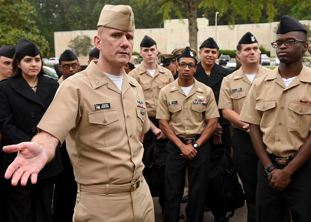 are petty officers ncos