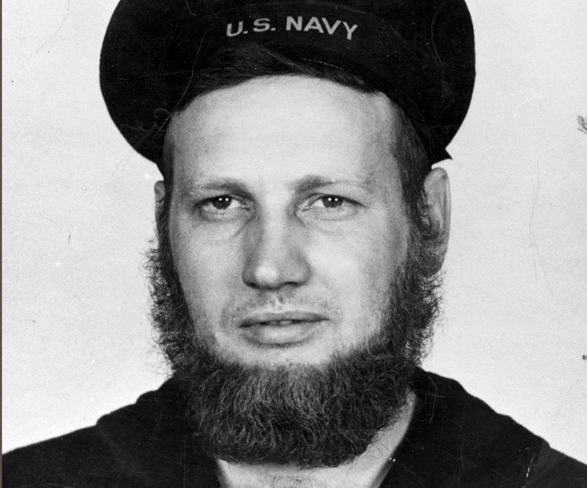 A hairy issue: Sailors tell the US Navy, \'We want beards\'