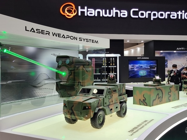 Hanwha Corporation unveiled two types of anti-drone laser weapons at DX Korea 2020. (Courtesy of Hanwha)