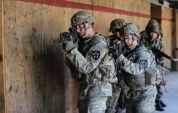 U.S soldiers and Republic of Korea soldiers conduct an urban breaching at Rodriguez Live Fire Range, South Korea, March 9, 2016. (Staff. Sgt Kwadwo Frimpong/Army)