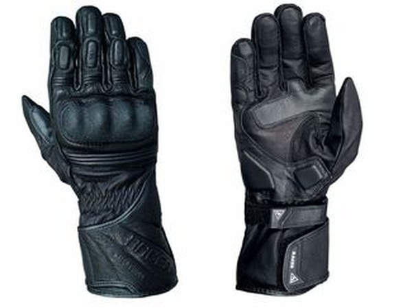 Racer Gloves' Traveller (Julia LaPalme)