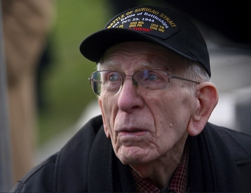 Navy veteran Floyd Welch, 99, one of the last survivors of the battle of Pearl Harbor, died at his home in East Lyme, Conn., Aug. 17. (Christian Abraham/Hearst Connecticut Media via AP)