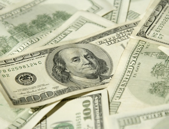 Check out your new banking benefits. Istockphoto image by Viorika Prikhodko.