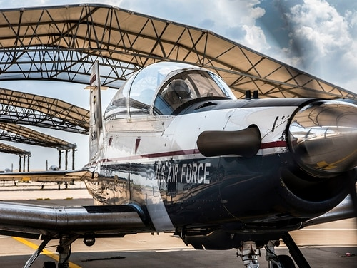 A student and instructor pilot prepare to taxi in a T-6A Texan II, in June 2018 at Vance Air Force Base, Oklahoma. Pilot production in the Air Force has recovered since a series of T-6 groundings hurt efforts to train new pilots. (Airman 1st Class Zachary Heal/Air Force)