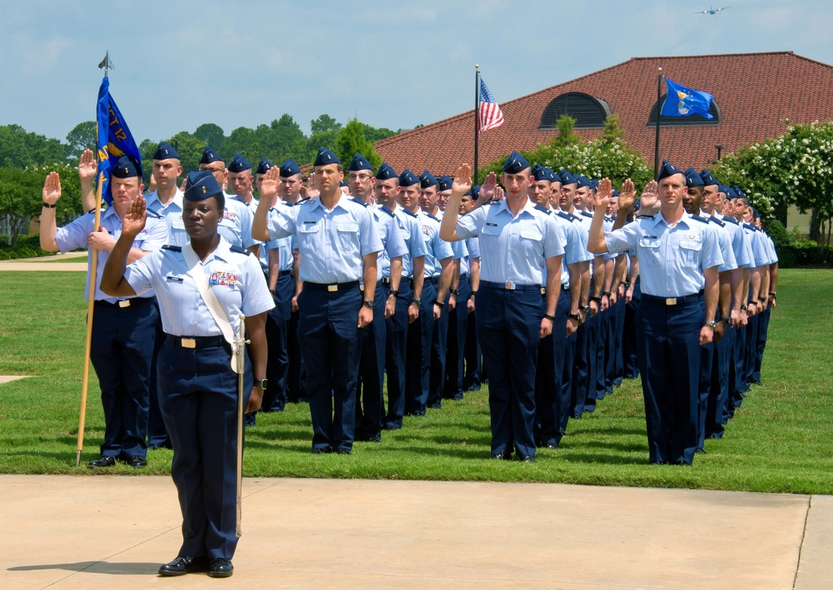 Become an officer in 14 days? Air Force to test accelerated
