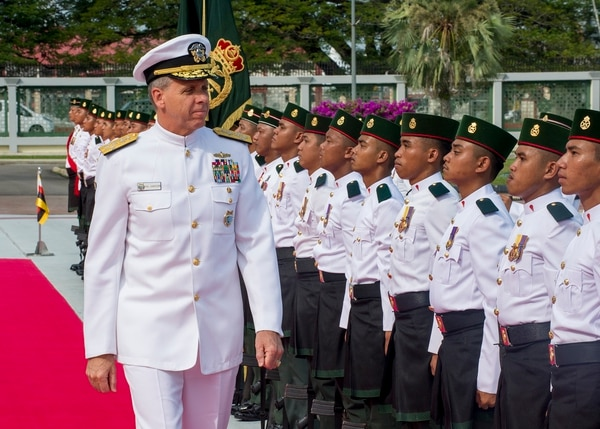 Adm. Phil Davidson, the head of U.S. Indo-Pacific Command, participates in an honors ceremony at the Brunei Ministry of Defence. (MC1 Robin W. Peak/U.S. Navy)
