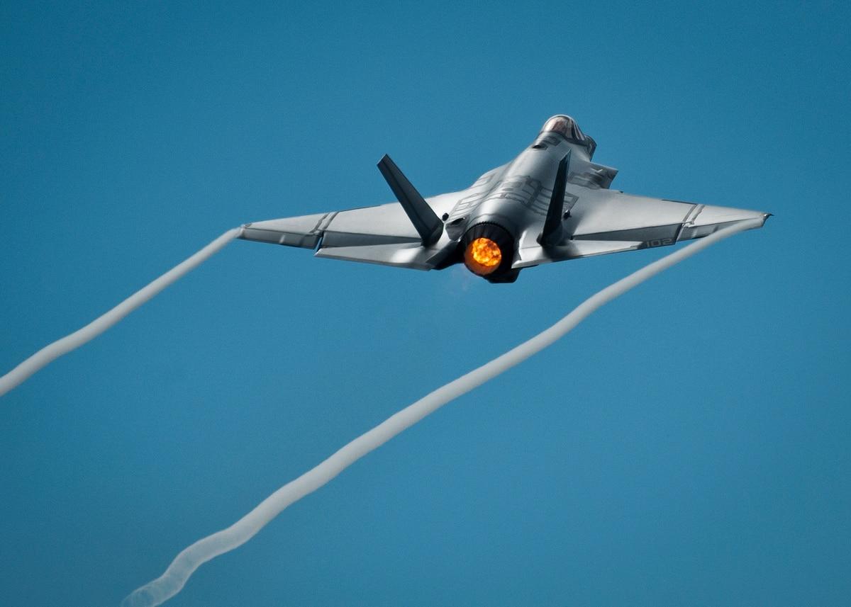 Lockheed Martin F-35 Lightning II (caza polivalente monoplaza de quinta generación USA ) - Página 27 KJVZCJA2C5DZNJXUTKFNE7XQ5I
