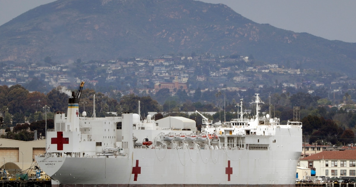 USNS Mercy arrives in Los Angeles to support Covid-19 response