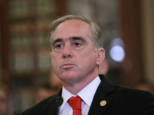 Secretary of Veterans Affairs David Shulkin testifies at the Senate Veterans Affairs Committee on Sept. 27 in Washington. (Win McNamee/Getty Images)