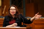 Duckworth using pregnancy to educate male-dominated Senate