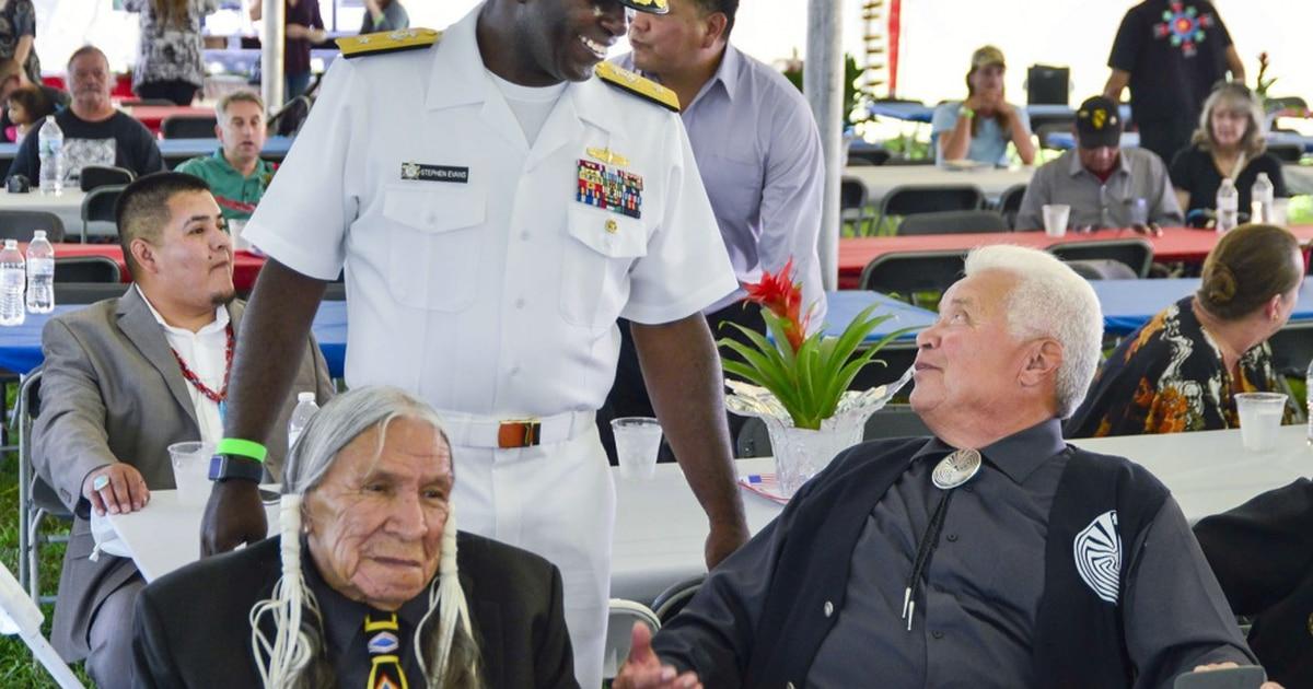 Saginaw Grant, Korean War Marine veteran, noted Native American character actor, dies