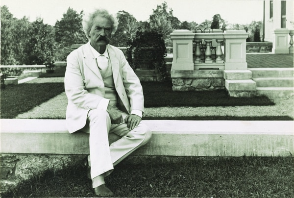 Samuel Clemens (Mark Twain) poses in his classic white suit, 1905. His work inspired Herman Wouk. (George Edward Perine, Prints and Photographs Division/Library of Congress)