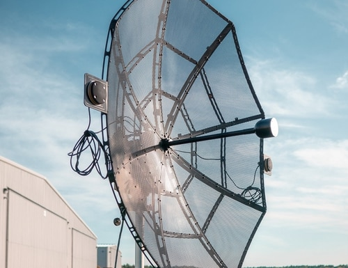 Persistent Systems announced its auto-tracking antenna system for connecting UAVs to the Wave Relay mobile ad hoc network, expanding the MANET bubble. (Persistent Systems)
