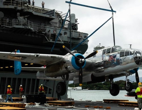 A B-25 Mitchell aboard the amphibious assault ship Essex arrives in Pearl Harbor. (U.S. Navy photo by Mass Communication Specialist 2nd Class Jessica O. Blackwell)